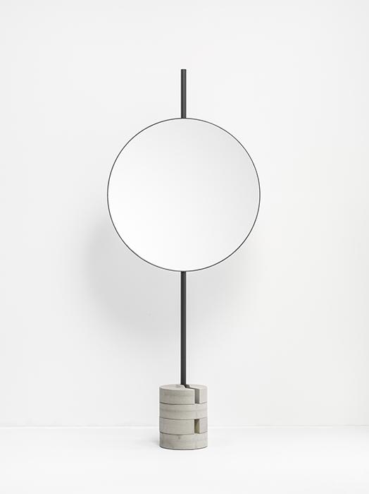To be Concrete mirror black